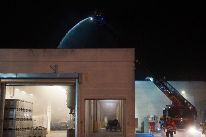 Einen Schaden von ungefähr drei Millionen Euro entstand bei dem Feuer.