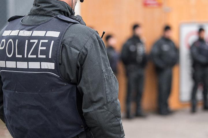 Die Polizei stürmte ein Hotel nahe des Hamburger Hauptbahnhofes (Symbolbild).