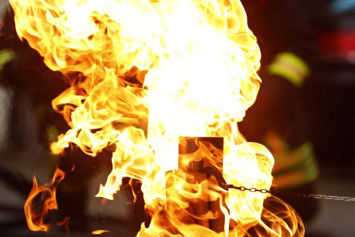 Eigentlich sollte der Mann in Siegburg eine Schulung zum Thema Brandschutz bekommen. (Symbolbild)