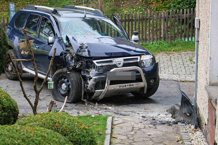 Warum es zu dem Unfall kam, untersucht jetzt die Polizei.