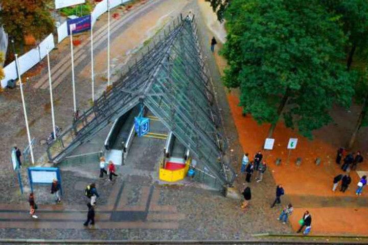 """Die """"Tüte"""" in Bielefeld lockt keine Architektur-Liebhaber an, sondern Alkoholiker, Junkies und Obdachlose."""
