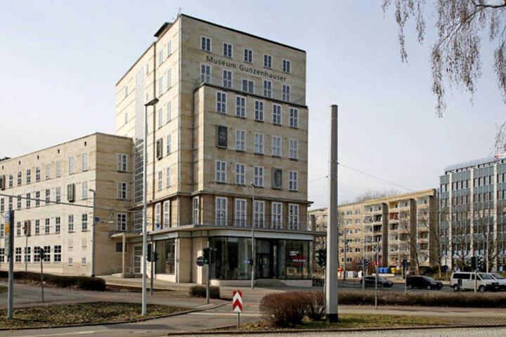 2007 wurde das Museum im alten Sparkassen-Gebäude am Falkeplatz eröffnet.