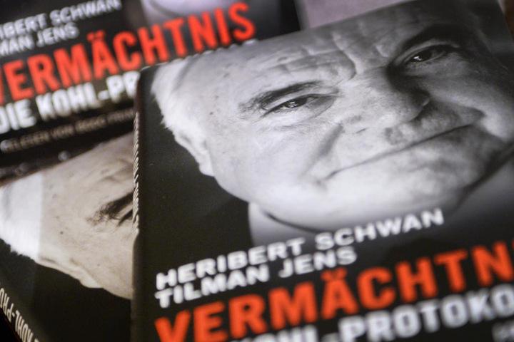 Vor Gericht wird erneut um das Buch 'Vermächtnis: Die Kohl-Protokolle' gestritten.
