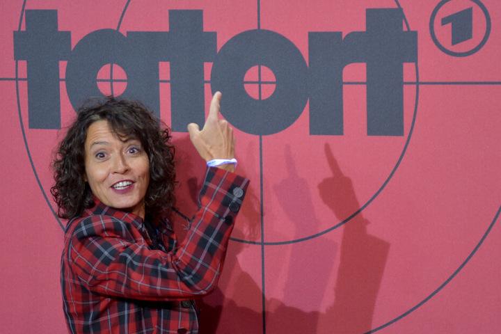 Im Jahr 2002 wurde Folkerts für ihre Rolle der Lena Odenthal im SWR-Tatort ausgezeichnet.