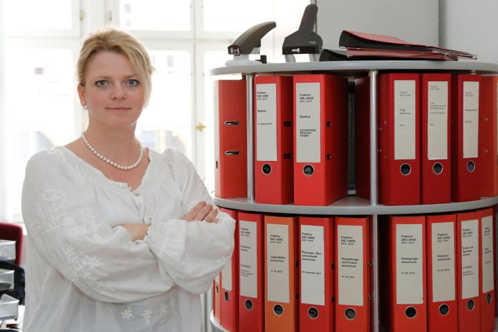 Auch Linken-Fraktionsvorsitzende Susanne Schaper (39) findet, es ist Zeit für ein modernes Parkleitsystem.