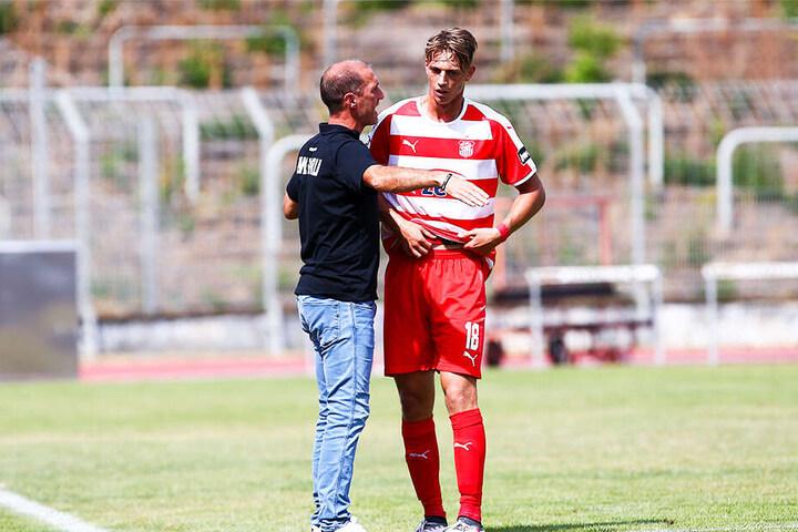 FSV-Coach Joe Enochs (l.) sucht Ersatz für Lion Lauberbach, der nach Kiel gewechselt ist.