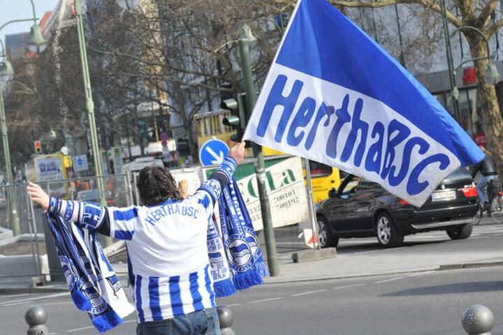 Hertha-Fans pilgern an diesem Wochenende zum Fan-Fest auf dem Olympia-Gelände.
