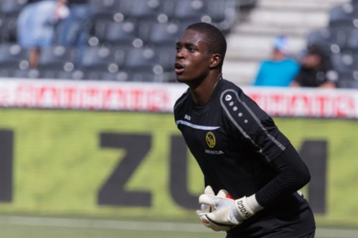 Er dürfte in der kommenden Spielzeit Druck auf Stammkeeper Gulacsi machen: Yvon Mvogo.