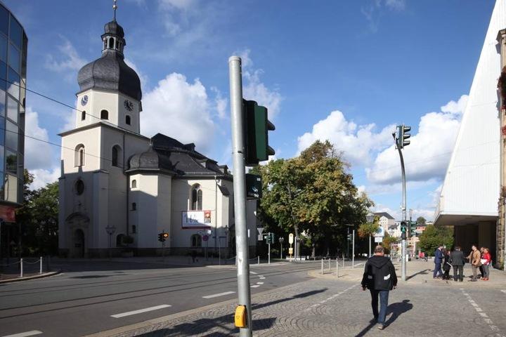 Zwei Ampeln sollen damit ausgestattet werden, u.a. die an der Kreuzung Marktstraße/Unterer Graben.
