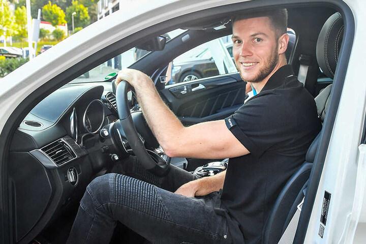 Nils Kretschmer durfte einen Mercedes-AMG GLE testen und war - wie alle Recken des HC Elbflorenz - begeistert.