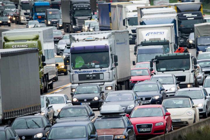 Dieselfahrverbote sorgt für Ärger bei den Autofahrern. (Symbolbild)