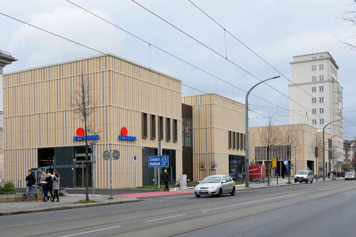 """30 Millionen Euro investierte der Kaufmann und Investor zuletzt in das """"Simmel-Center"""" am Albertplatz."""