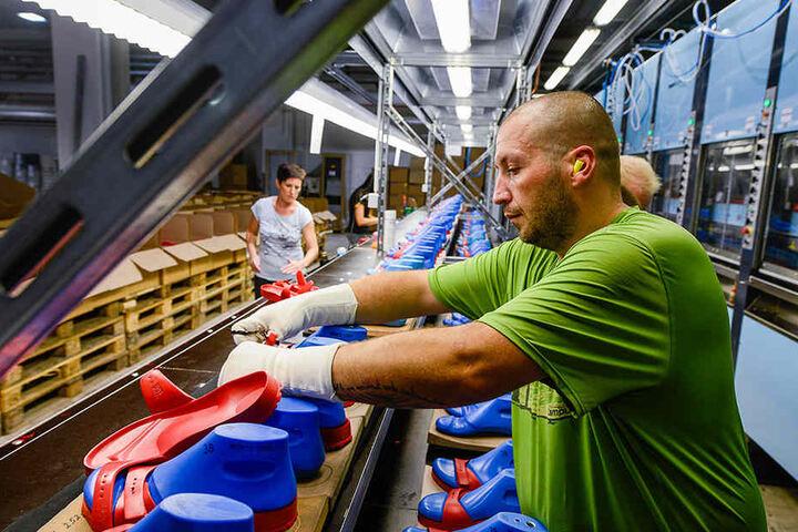 Auch ein Investor in Sachsen: Der Schuhhersteller Birkenstock baut seinen  Görlitzer Standort weiter aus.