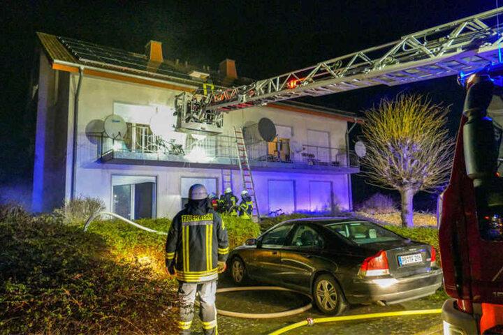 Der Sachschaden wird auf 100.000 Euro geschätzt.