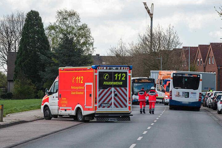 Vier Verletzte mussten mit dem Rettungswagen ins Krankenhaus.