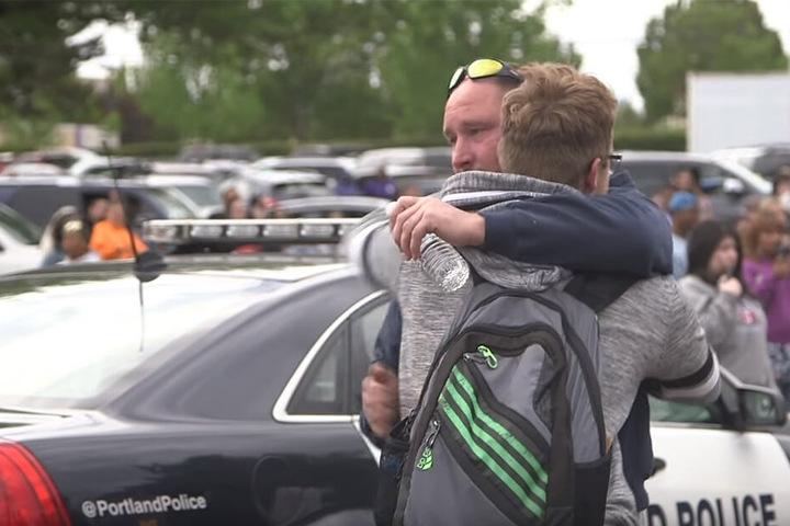 Schüler und Lehrer wurden evakuiert.