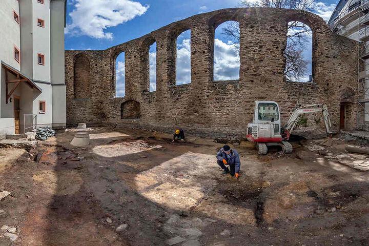 Archäologen haben auf dem Gelände des ehemaligen Franziskanerklosters 10000 Fundstücke ans Tageslicht gebracht.