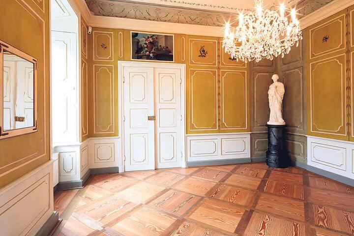 BU 3: Das vollständig restaurierte Vogelzimmer wird ab sofort vom  Schloss-Restaurant genutzt.