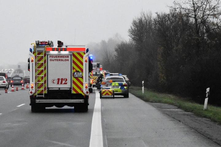 Während der Rettungsarbeiten wurde die Autobahn abgesperrt.