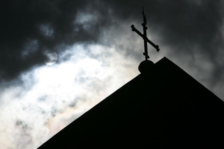 Die Ermittlungen gehen auf die von der Deutschen Bischofskonferenz in Auftrag gegebene Missbrauchsstudie ein.