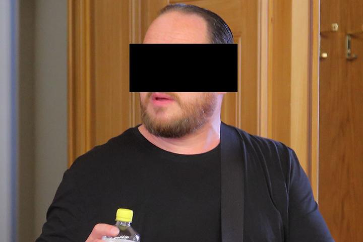 Schweigt eisern zu den Vorwürfen: Matthias W. (47) im Landgericht Görlitz.