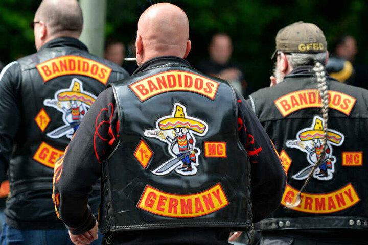 """Die Festgenommenen sollen zum Zeitpunkt der Tat Mitglieder der Rocker-Gruppe """"Bandidos"""" gewesen sein (Symbolbild)."""