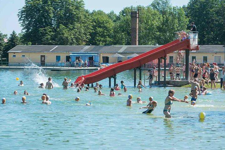 Momentan ist das Naturbad Mockritz das Bad mit den meisten Gästen.