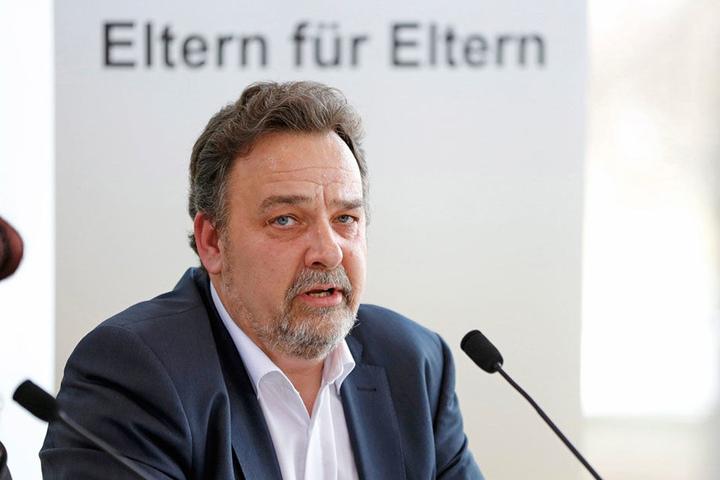 Droht mit Streiks: Peter Lorenz (56), Sprecher der Elternräte.