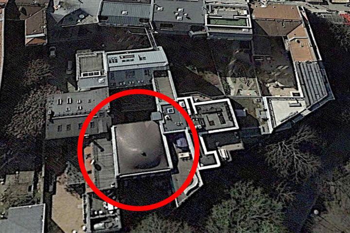 Das intime Dach aus der Vogelperspektive - Google Earth macht's möglich.