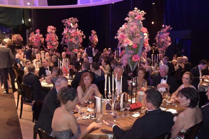 Die Floristen hatten sich für die Tischdeko so richtig was einfallen lassen.