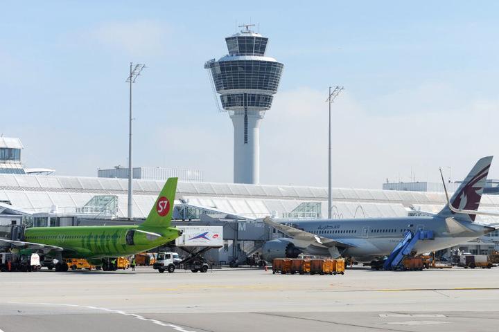 Insgesamt sind in München mehr als 50 Starts und Landungen im Streikzeitraum abgesagt worden. (Archivbild)