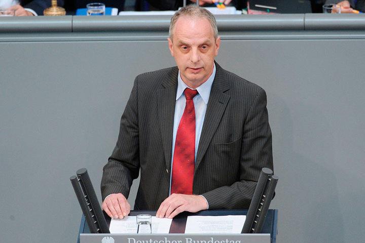 Üben, üben, nochmals üben - so das Motto von Detlef Müller (53, SPD) vor seiner ersten Rede.