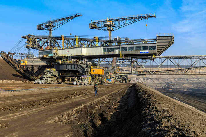 Der Braunkohletagebau Nochten, der ursprünglich bis 2045 betrieben werden soll, beliefert das Kraftwerk Boxberg. Wann hier Schluss ist, wird auch in der Kohlekommission besprochen.