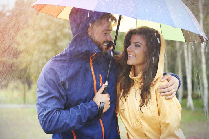Der Regenschirm wird wohl unverzichtbar sein.