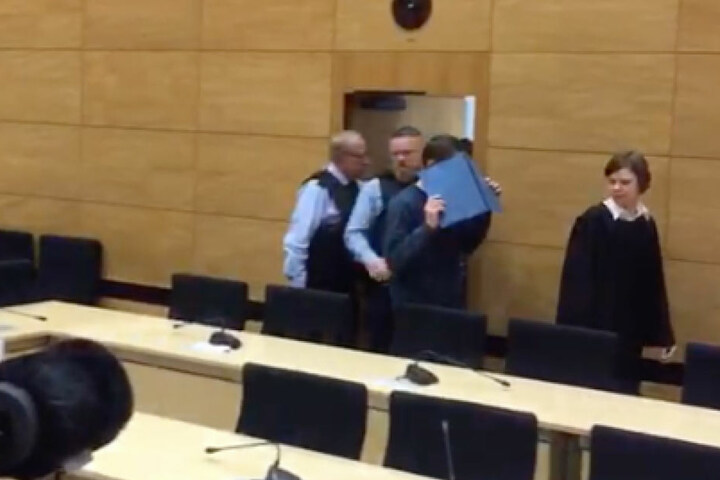 Der 57-Jährige muss sich nun vor dem Bielefelder Landgericht verantworten.