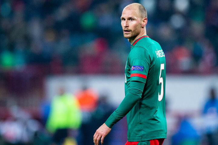 Der Transfer hakt noch: Benedikt Höwedes (31) von Lokomotive Moskau könnte die Kölner Defensive verstärken.