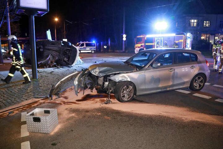 Der BMW-Fahrer hatte Glück. Er blieb unverletzt.