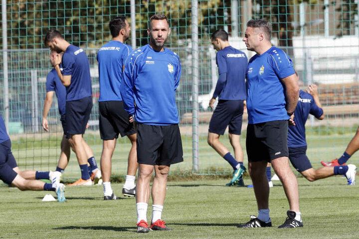 Hospitant Christian Tiffert betreut des Team derzeit.