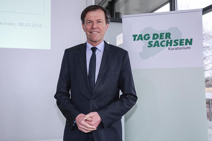 Sachsens Landtagspräsident Matthias Rößler (63, CDU), immerhin Sachsens oberster Politiker, fordert einen Verzicht von Dresden und Zittau zugunsten von Chemnitz.