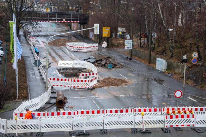 Die Havarie in der Reichenbacher Straße reiht sich ein in eine ganze Serie von Wasserrohrbrüchen, die Zwickau seit Sommer 2017 regelrecht heimsuchen.
