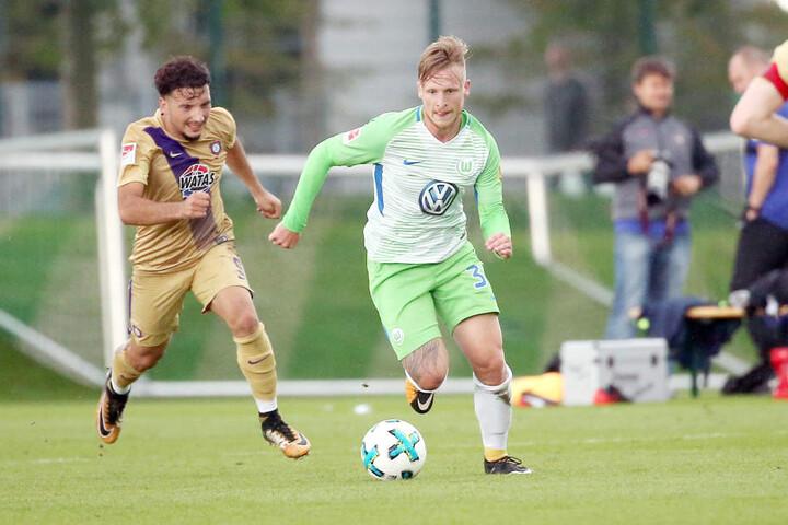 Marvin Stefaniak bereitete das 2:0 für Wolfsburg mit vor.