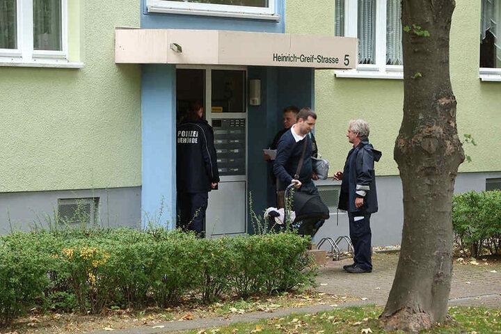 Bewohner der Heinrich-Greif-Straße werden evakuiert.