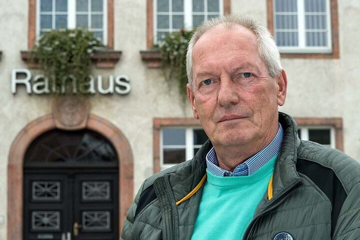 Bürgermeister Ralf Fester (60, parteilos).