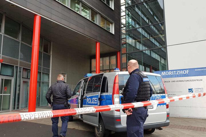 Innerhalb von vier Wochen gingen sechs Bombendrohungen gegen das Jugendamt im Moritzhof ein.