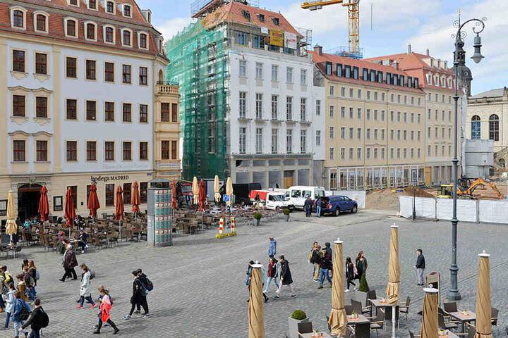 Die neue Häuserzeile am Neumarkt.