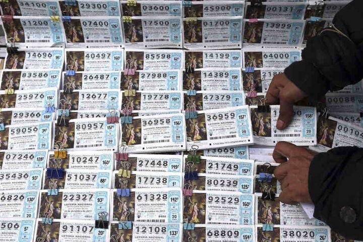 Tausende Lose wurden im Vorfeld verkauft.