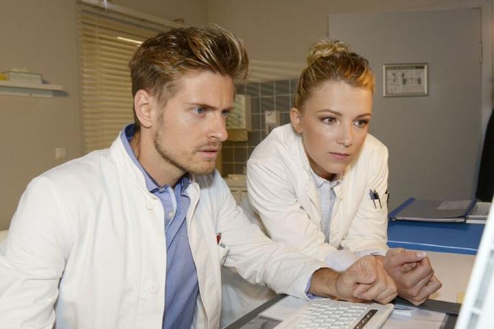 Philip und Lilly versuchen krampfhaft, die Ursache für Johannas Zusammenbruch zu finden.