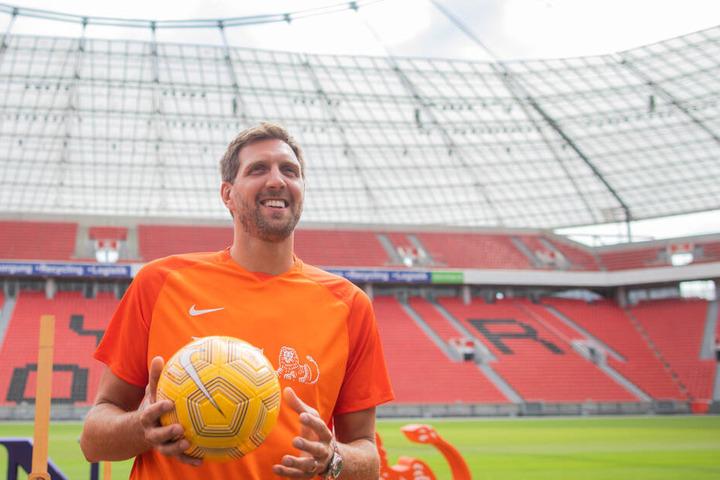 Am Wochenende spielt er in Leverkusen für den guten Zweck Fußball.