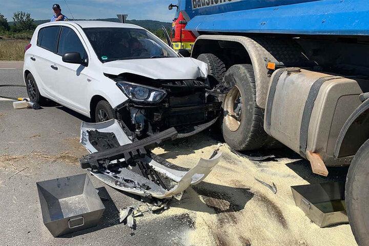 Der Hyundai wurde erheblich beschädigt.