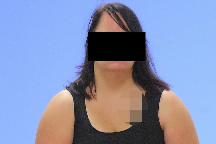 Tochter Sandra (26) entschuldigte sich im Amtsgericht aufrichtig beim Opfer.